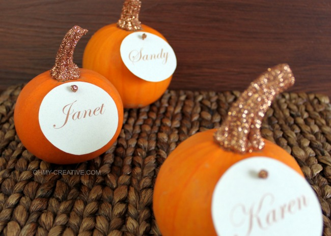 Easy to Create Glitter Top Pumpkin Place Cards for Fall or Thanksgiving entertaining   OHMY-CREATIVE.COM
