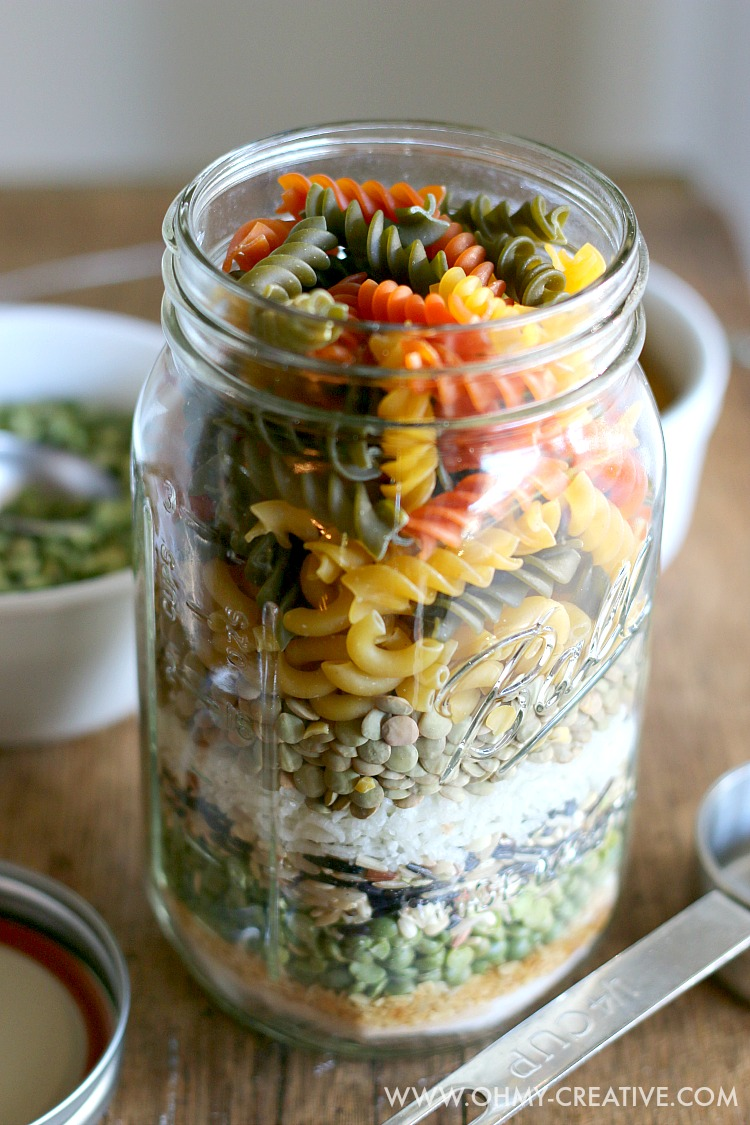 Gifts from your Kitchen - Friendship Soup in a jar - oh my creative