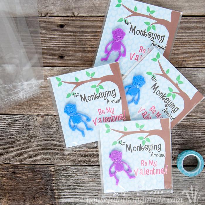 Free Printable Monkey Valentine | Housefulofhandmade.com