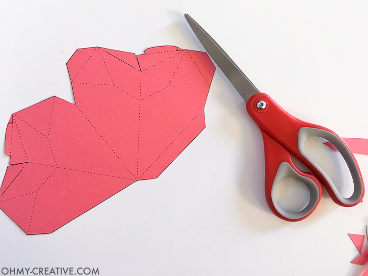 How to make a 3D Paper Heart Box - Paper Valentine   Free Printable Valentine   Printable Paper Heart   Origami Heart   Non-candy Valentine   Heart Box   Treat Box   Kids Valentine Ideas   Valentine Gift Ideas