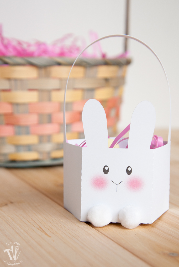 Create these cute little Easter Bunny Baskets for easy easter treats or gifts. Housefulofhandmade.com