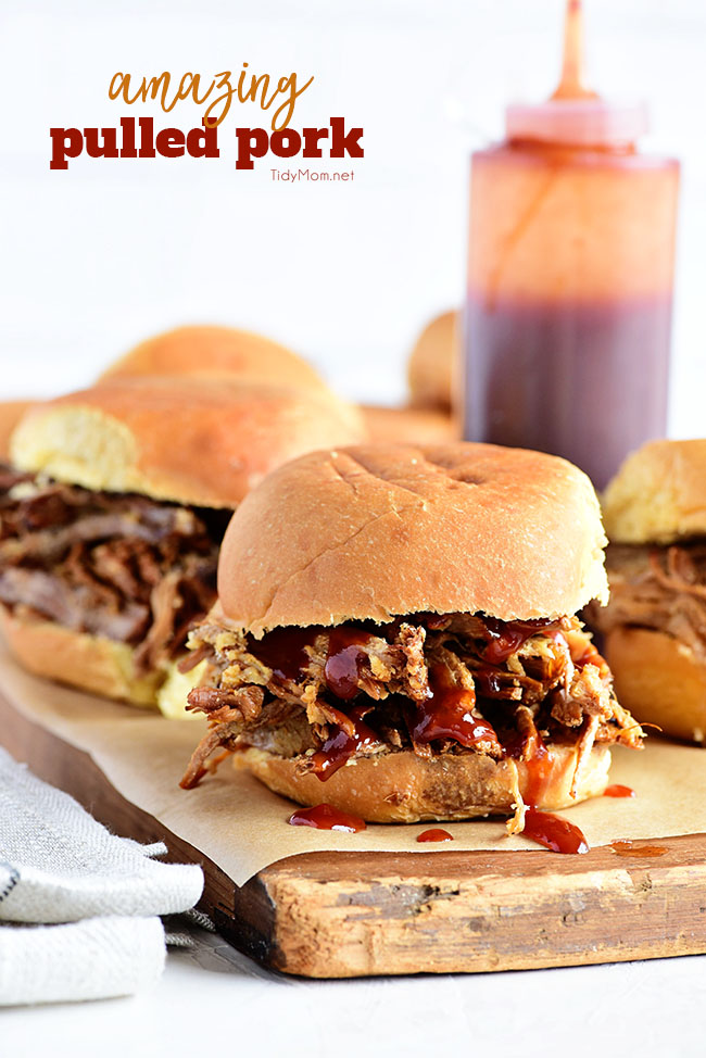 Slow Cooker Pulled Pork Recipe | 30 Graduation Party Food Ideas | OHMY-CREATIVE.COM