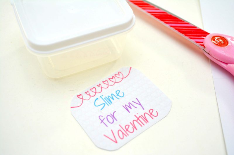 Valentine's Day Slime with Free Printable | OHMY-CREATIVE.COM | Slime Valentines | Valentine's Day Gift | Valentine's Day Free Printables | Glitter Slimes | Elmer's Glue Slime Recipe | Homemade slime | How do you make Slime | Homemade Slime Recipe