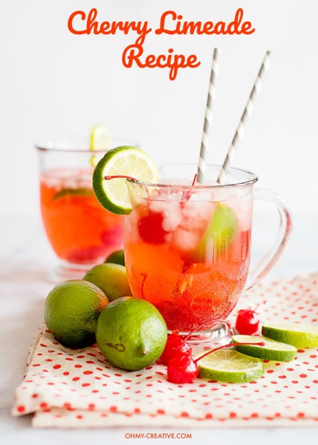 This Cherry Limeade Recipe is a refreshing drink all year long. Similar to the Sonic cherry limeade! OHMY-CREATIVE.COM   cherry limeade drink   limeade   cherry limeade soda   sonic limeade recipe #drink #cherrylimeade #drinkrecipe