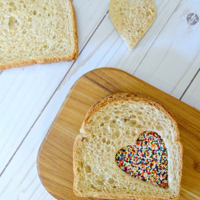 How To Make Fairy Bread: Only 3 Ingredients