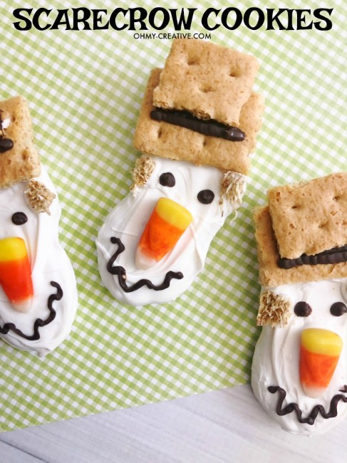 ter Fall Cookies for your harvest fest or Thanksgiving dessert buffet table! #Scarecrow #Scarecrowdessert #fallcookie #falldessert #thanksgivingdessert #nutterbutter
