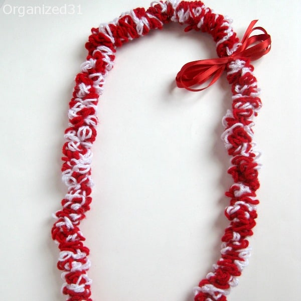 A crocheted graduation lei is one of many gradation lei DIY options popular with family and friends of the graduate.