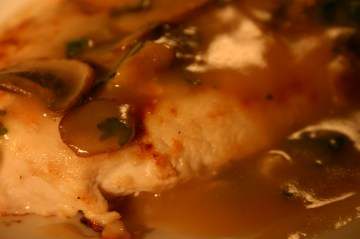 mushroom gravy over grilled chicken