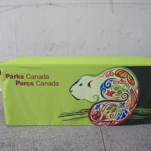 Fitted-Box-Style-printed-tablecloth
