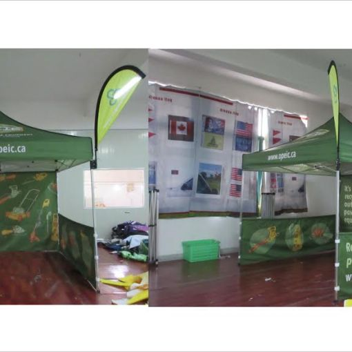 Pop up Tent with Teardrop Flag Attachment