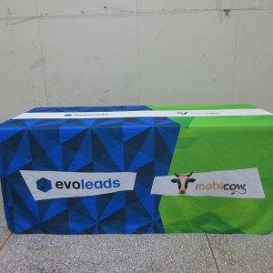 Box tablecloths with logo print