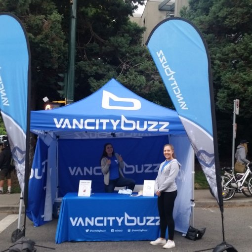 Teardrop-Event-Flag-and-Pop-up-Tent-Printing-Vancouver