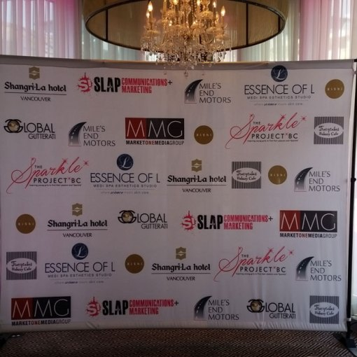 Step and repeat logo wall
