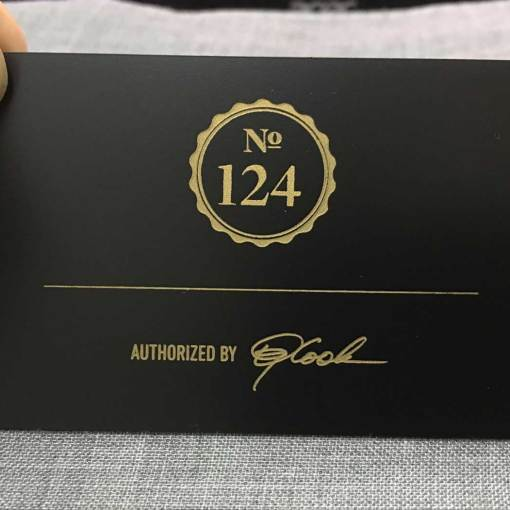 Metal-Matte-Black-Luxury-Business-Cards