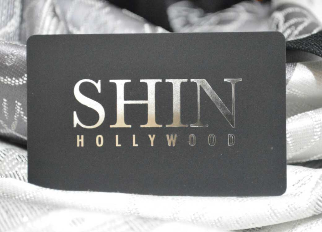 Silver-Foil-Business-Cards - Oh my Print Solutions