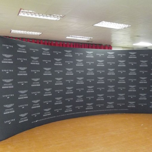 Curved Exhibition Display