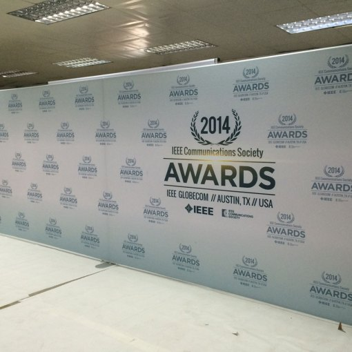 Step-repeat-awards-logo-wall-for-Texas