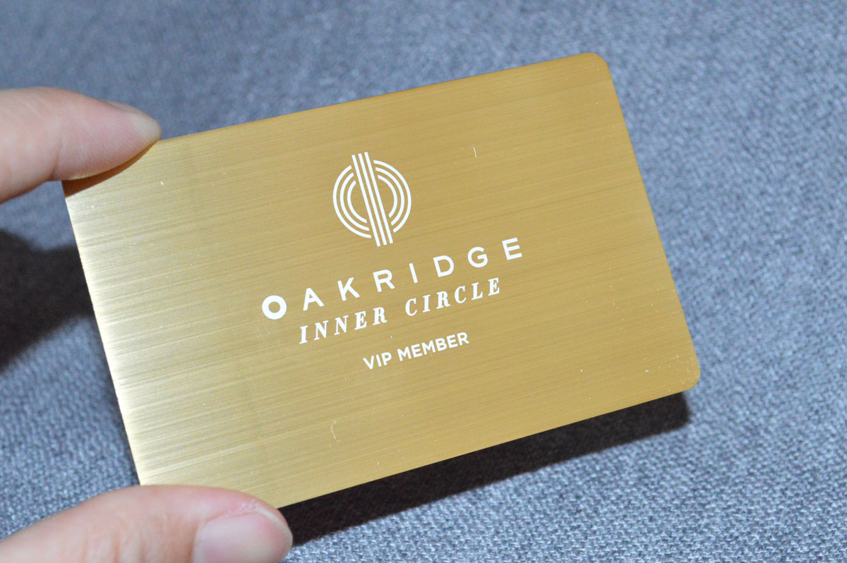 Gold metal business cards luxury and stylish free shipping gold membership card reheart Gallery