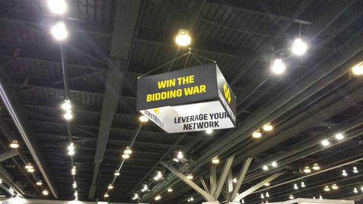 Square-Hanging-Display-Banner-for-Tradeshows