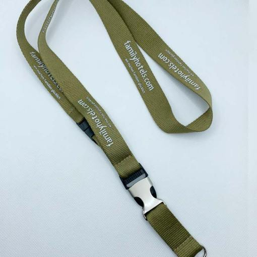Lanyard-with-buckle-clip