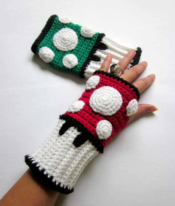 Power Wristies. Mario Mushroom Inspired Wristwarmers. Video Game Super Mushroom Fingerless Gloves. Crochet Super Red Cosplay Accessory.