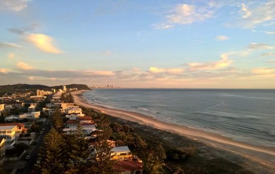 Gold Coast, ein toller Strand, eine weniger schöne Stadt