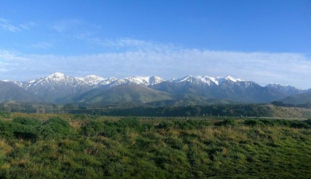 Kaikoura, Wale, Seelöwen und grandiose Landschaften: Blick nach Westen, Bergpanorama bei Kaikoura