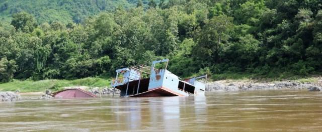 Die große Mekongtour Etappe 1: Felsen und Strudel machen die Fahrt risikoreich