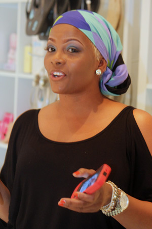 Shalawn speaks to the ladies about makeup trends for Spring