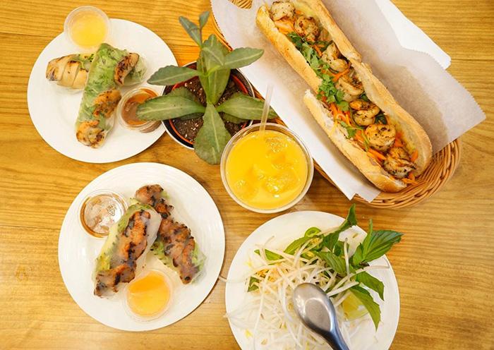 BúnMì Vietnamese Grill
