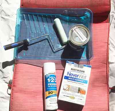 DIY PAINTED OUTDOOR SEAT CUSHION TUTORIAL