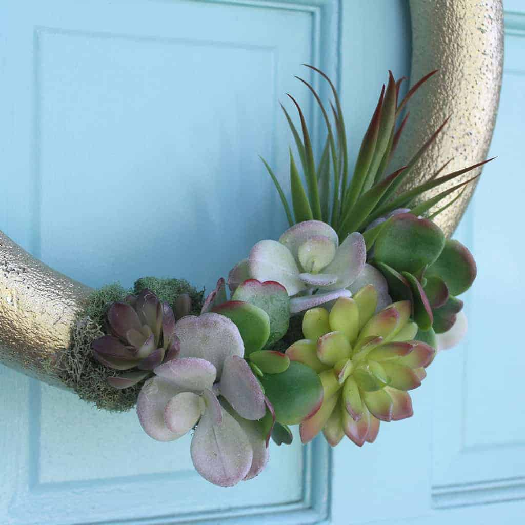 Affordable, easy, and pretty DIY faux succulent wreath tutorial