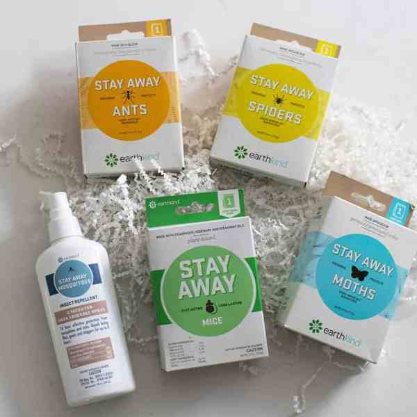 GIVEAWAY // NATURAL PEST REPELLENT FOR YOUR HOME