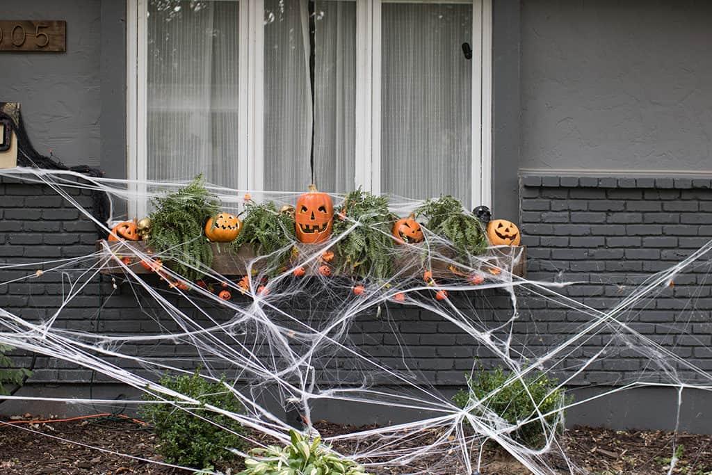 outdoor Halloween home tour