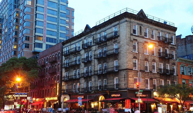 new-york-budget-inn-01