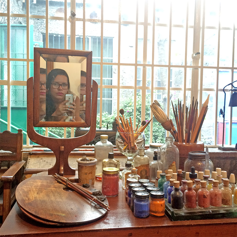 Foto no espelho de Frida Kahlo