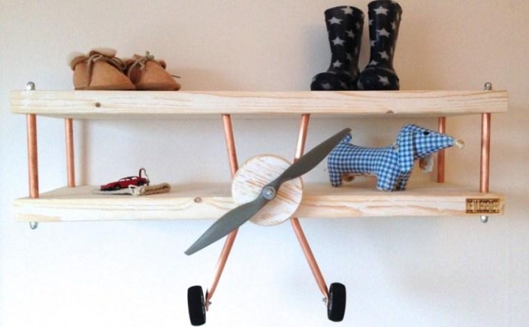 kinderkamer-vliegtuig-wandplank-voorkant1-devliegenier.nl_-825x510