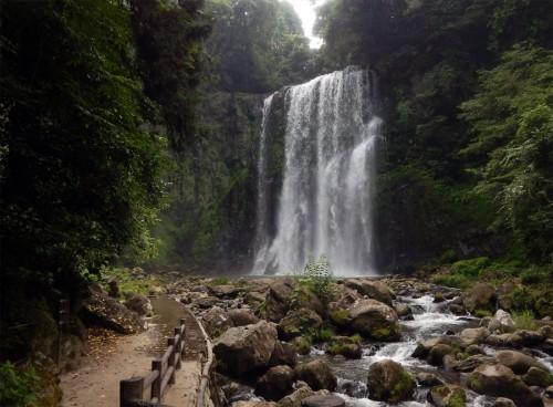 天ヶ瀬温泉桜滝