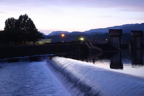 三隈川公園とその水辺