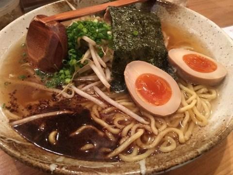 うどん屋さんのラーメン / 680円
