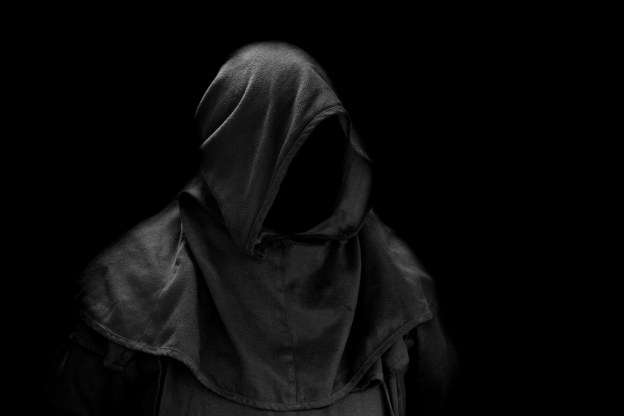 hood-without-face-1463040516IWo