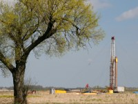 Contango Oil & Gas Announces Oil Discovery in Wyoming