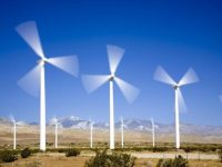 The Wind Boom: Generators Moving to Wind because of Economics