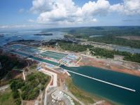 Another First: Four LNG Vessels in One Day Transit the Panama Canal