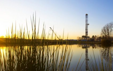 Rig Count: Flat Overall Count Conceals Shift to Gas