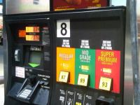 'Colossal Collapse' in Gasoline Prices Expected Heading into Midterm Elections