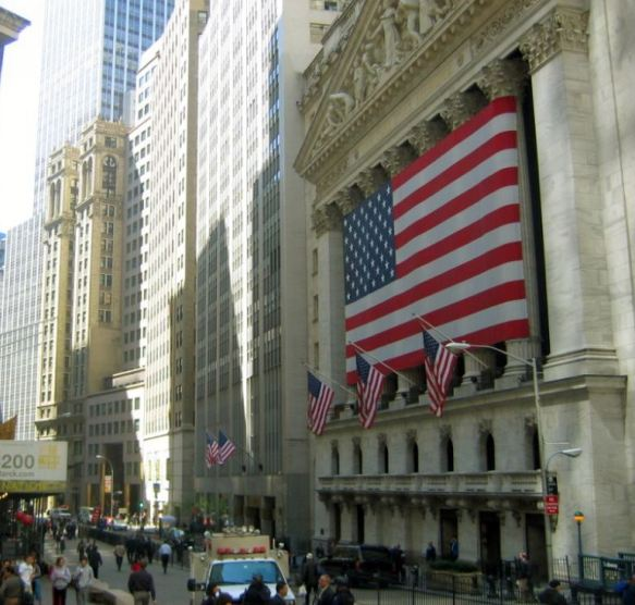 New York Stock Exchange - Oil & Gas 360 Speical Report - Evolution of Oil and Gas funding