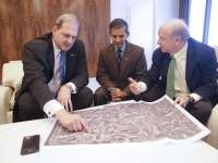 Langtry Meyer, Chief Operating Officer with Texas LNG Vivek Chandra , CEO of Texas LNG and William S. Garner, Jr. with Greenberg Traurig in Houston, TX on Friday, October 16, 2015. Photo: Thomas B. Shea