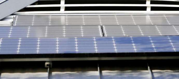 https://www.chron.com/business/energy/article/Solar-expected-to-lead-renewable-development-in-14550117.php?cmpid=ffcp-oag360