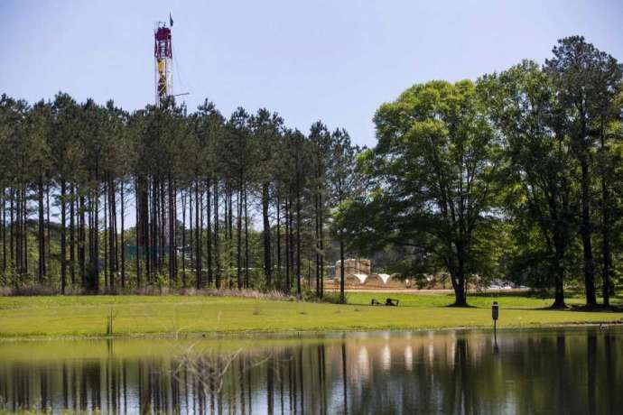 Big Oil majors looking to sell $27 billion in assets worldwide-oil and gas 360